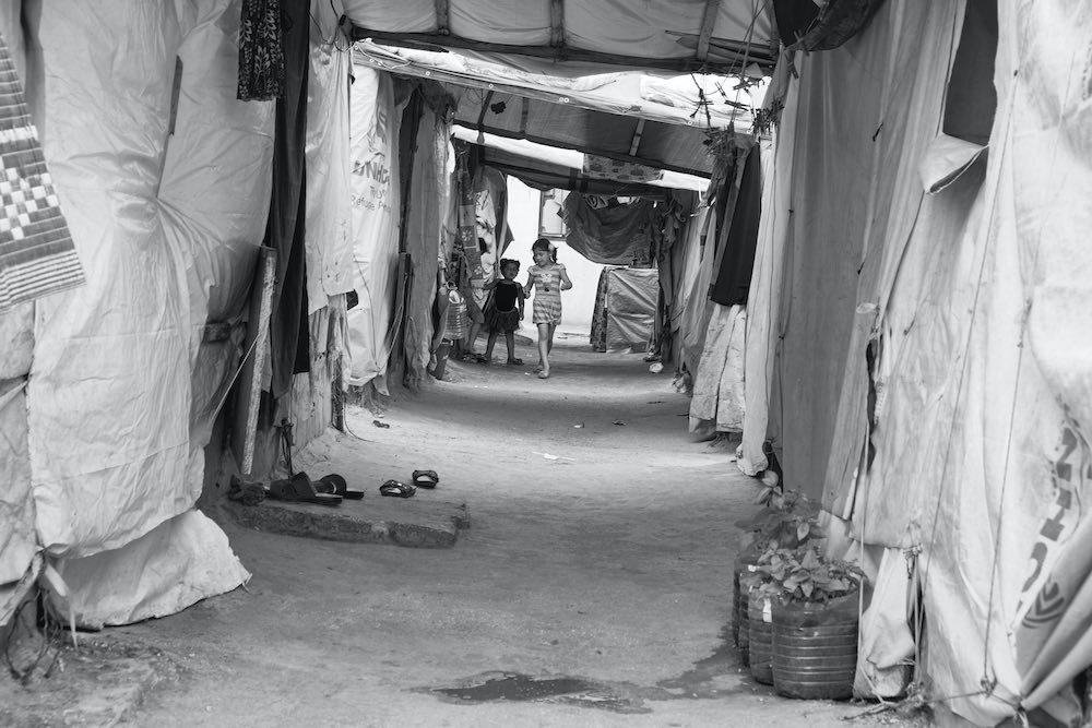 Campo profughi siriani bimbi