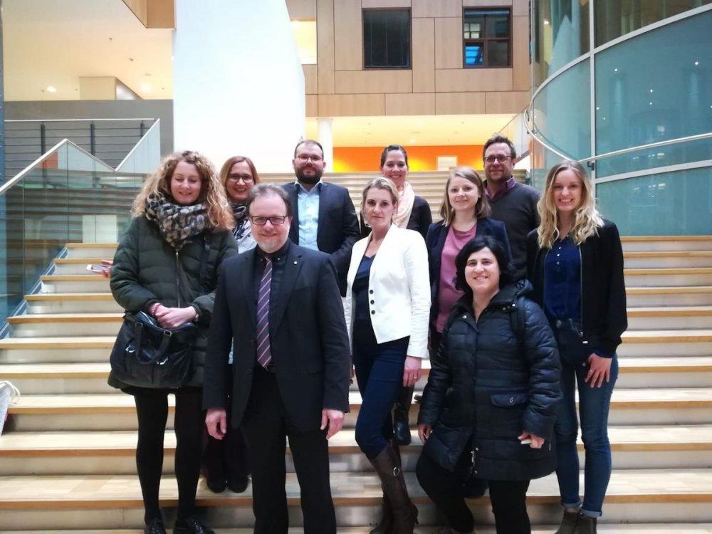 Foto di gruppo di rappresentanti di associazioni europee