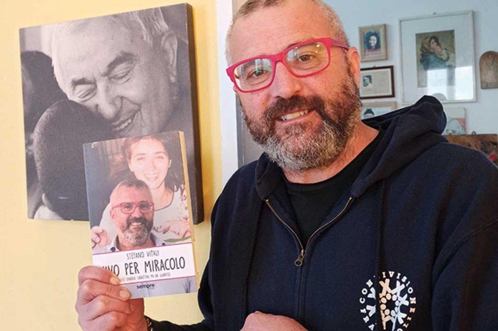 Stefano Vitali mostra libro Vivo per miracolo