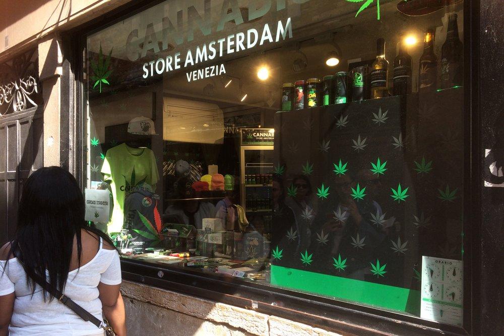Negozio Cannabis a Venezia