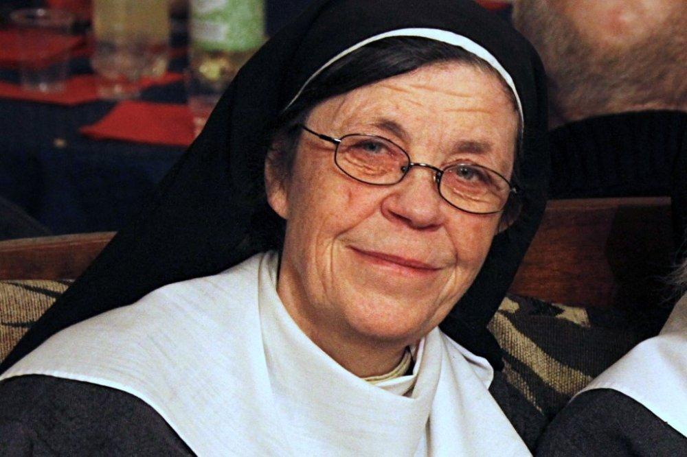 Syster Karin in Svezia