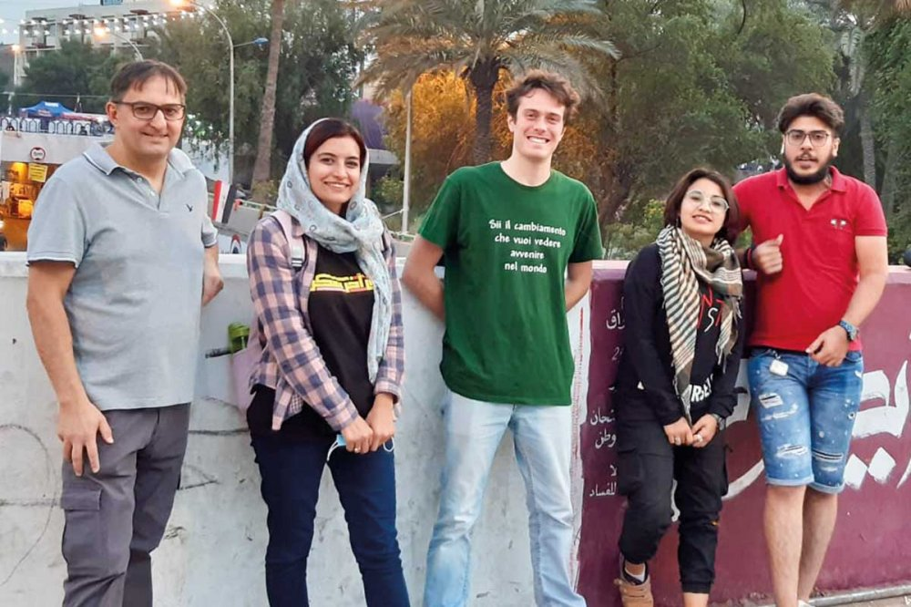 Giovani del Social Forum a Piazza Tahir