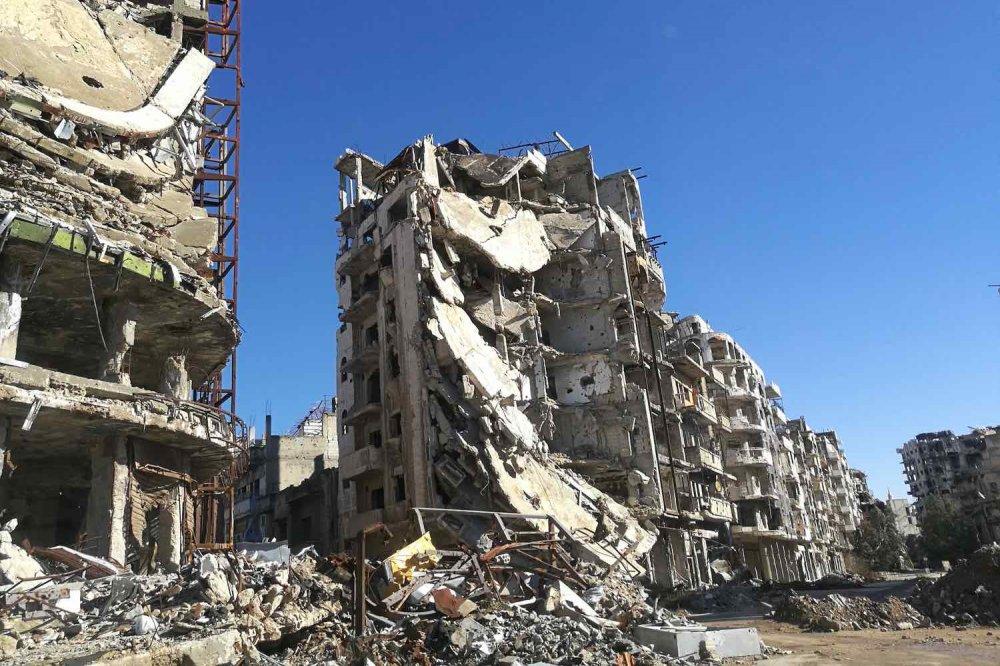 Palazzo devastato dalle bombe in Siria