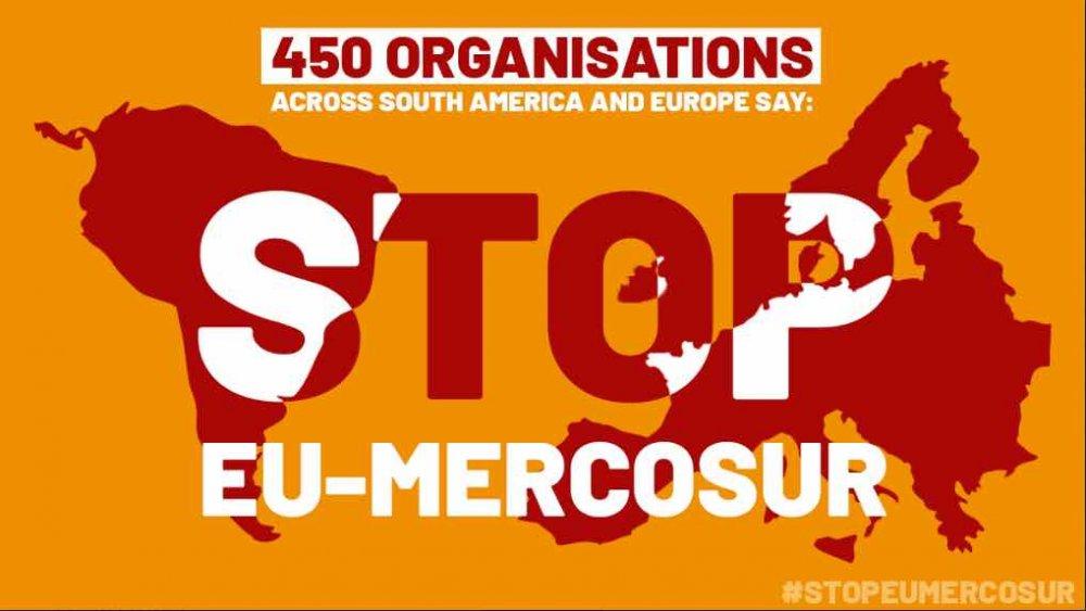 Immagine del mondo con la scritta #StopEuMercosur